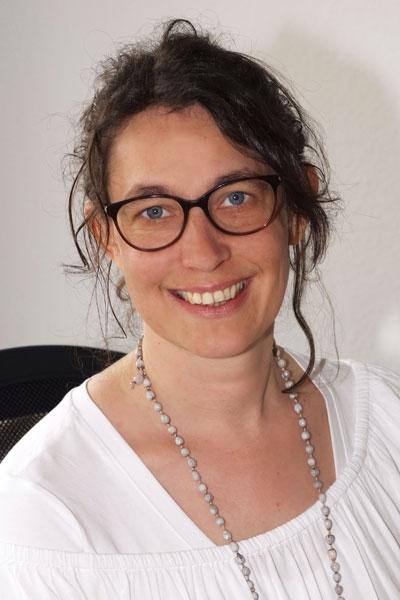 Logopädin Nina Greiß